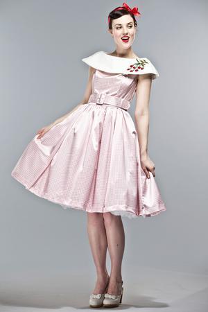 vente en ligne Style magnifique plus près de Mariage ceremonie retro chic